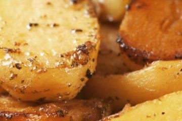 Lemon roasted potatoes with herbs greek cuisine