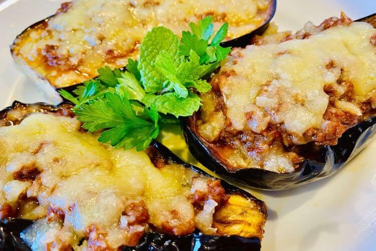 Greek baked eggplant recipe stuffed with mince